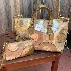 NEW 2-pc COACH Patchwork Ashley Gold tote …